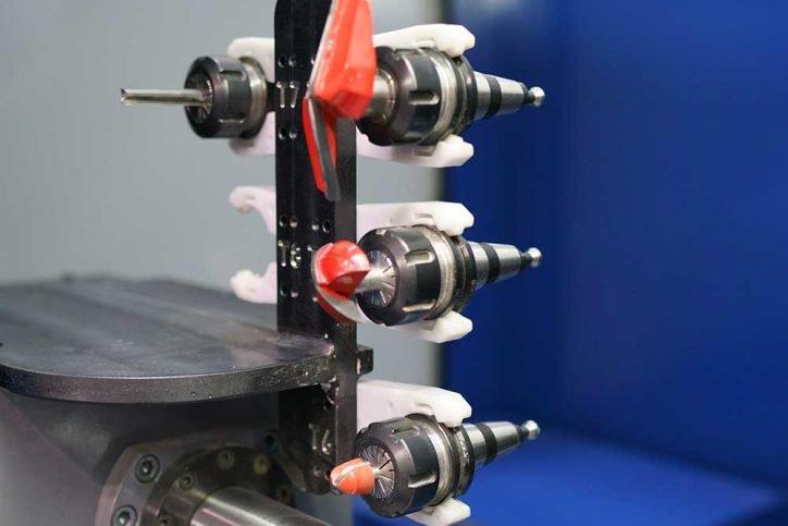 4 Eksen Torna, Erkek- Dişi Zıvana Makinesi